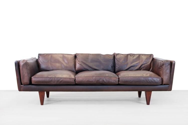 Canapé V11 par Illum Wikkelsø pour Holger Christiansen