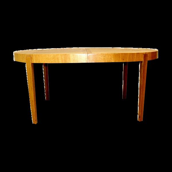 Table de salle à manger en chêne Suède 1990