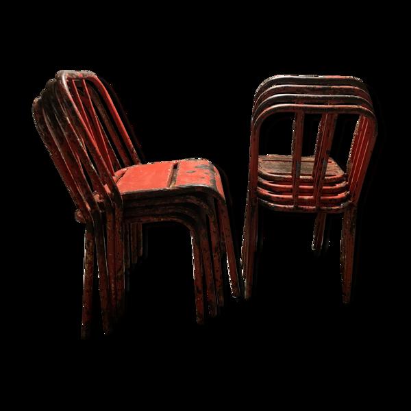 Lot de 8 chaises en fer