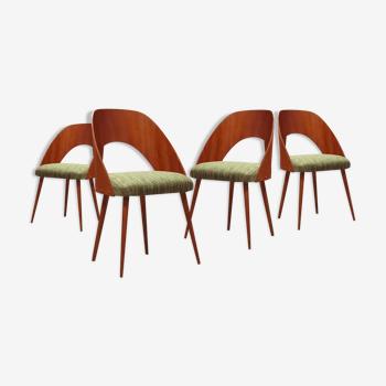 Suite de 4 chaises Antonin Suman pour Drevopodnik Pisek