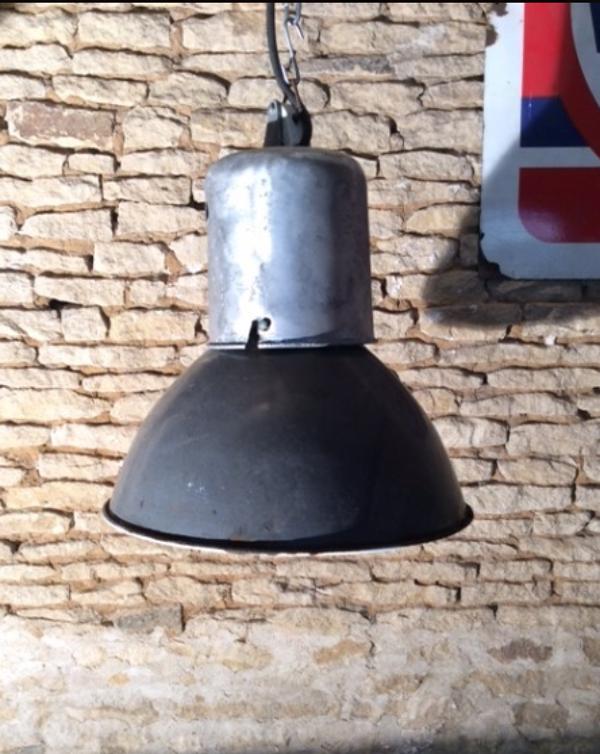 Ancienne lampe d'usine années 50