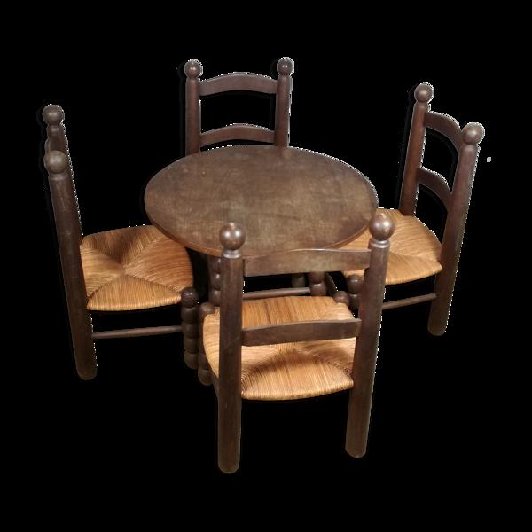 Set de 4 chaises et une table