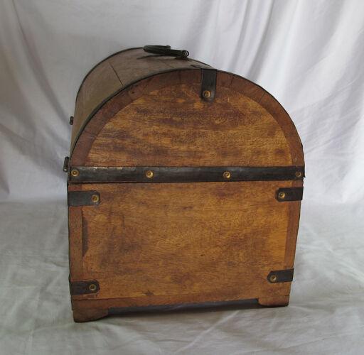 Boîte porte-bouteille en bois