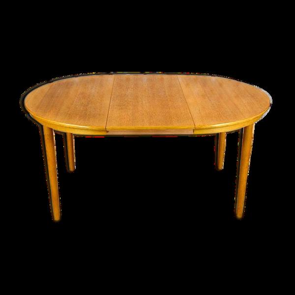 Selency Table ronde design scandinave en chêne blond Farstrup vintage 1960