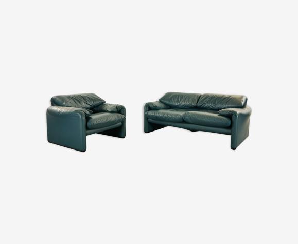 Canapé 2 places et fauteuil Maralunga de Vico Magistretti édition Cassina