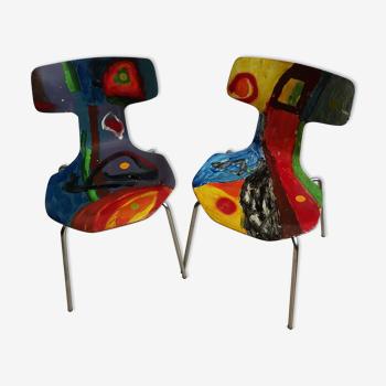 Paire de chaises Arne Jacobsen modèle 3130