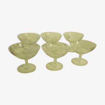 Coupes à champagne en cristal taille