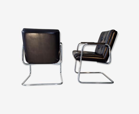 Paire de fauteuils italiens cantilever 1980
