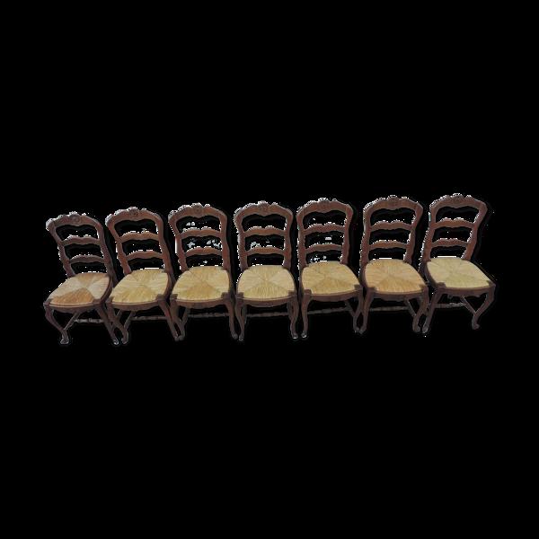 Selency Lot de sept chaises de style néo- rustique