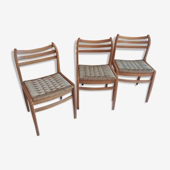 Trio de chaises en bois et corde vintage