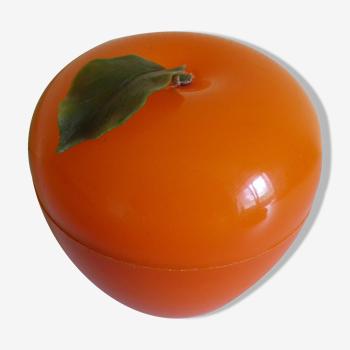 """Seau à glaçons en forme de """"pomme"""" de couleur orange, typique des années 70 - France"""