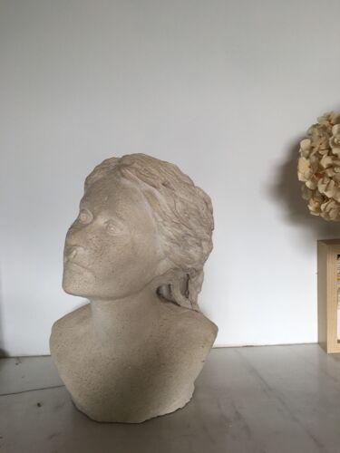 Buste de femme appelée «dame jeanne»