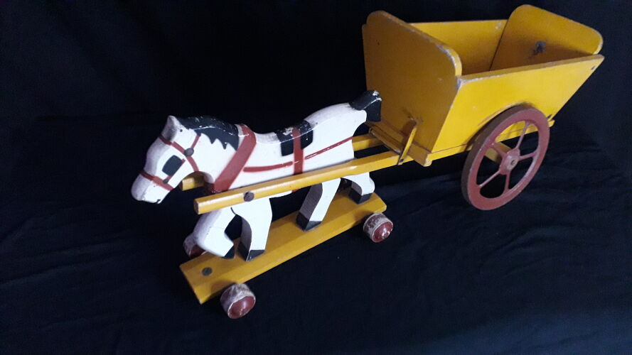 Toy old wooden hitch