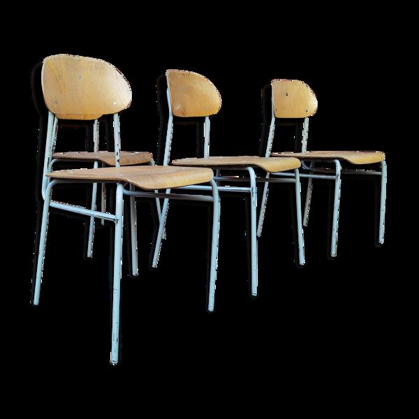 Selency Lot de 16 chaises ecole tchécoslovaque 1950 1960
