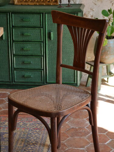 Chaise bistrot avec cannage