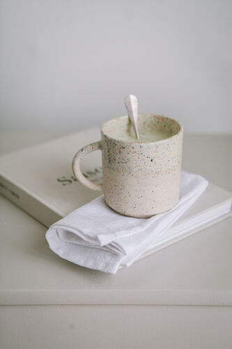 Serviette en lin blanc brodée