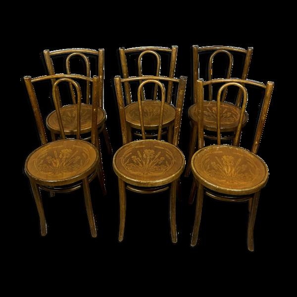 Selency Série de 6 chaises en bois courbé avec assises marquetées Baumann