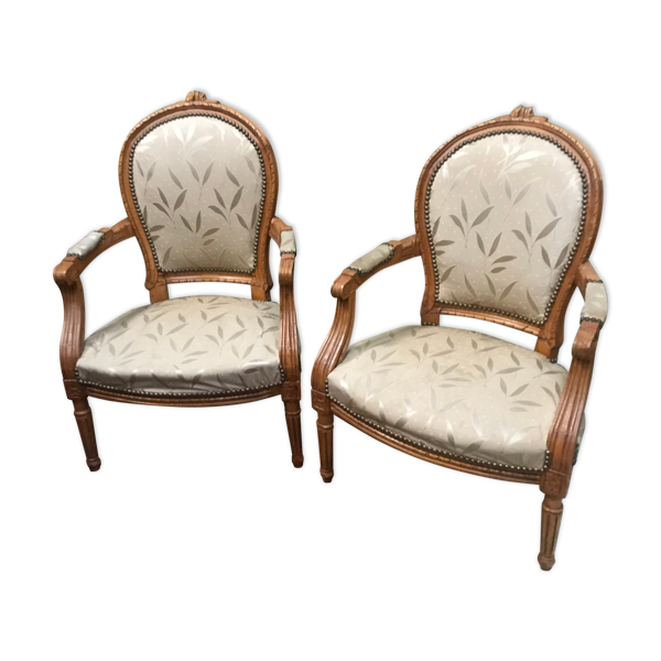 Paire fauteuils cabriolet style Louis XV