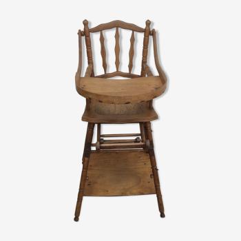 Chaise haute de bébé ancienne