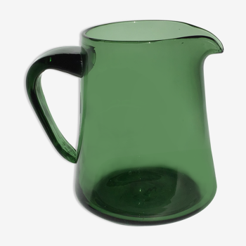 Pichet verre soufflé bouche vert foncé