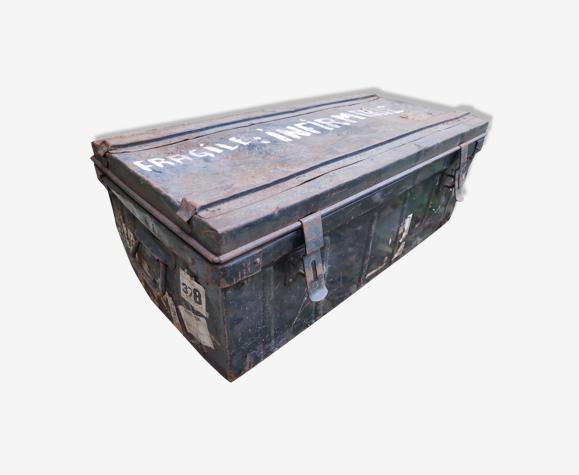 Caisse métallique malle métal vintage