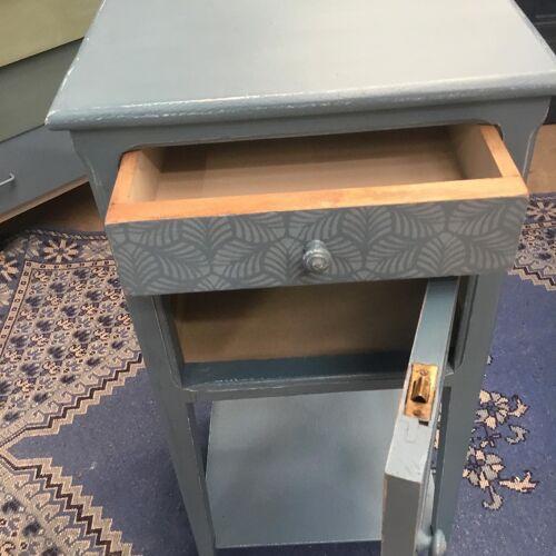 Table de chevet ou meuble d'appoint