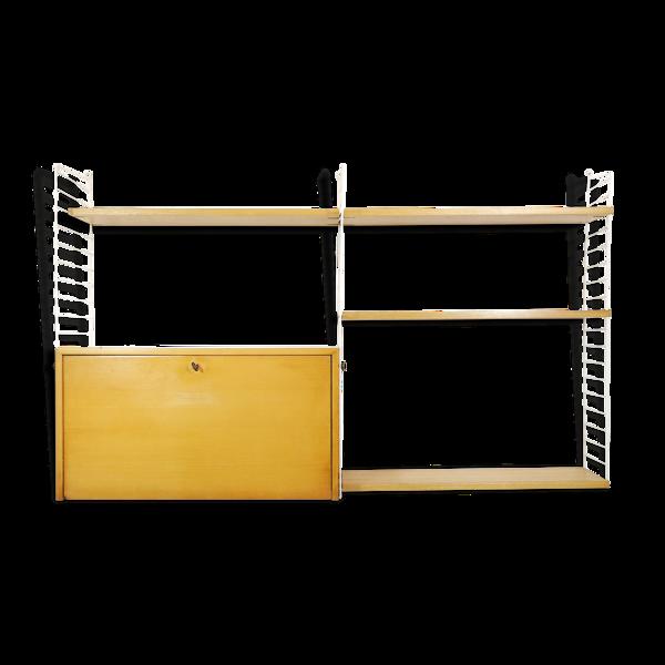 Système d'étagères modulables String de Kajsa & Nisse Strinning