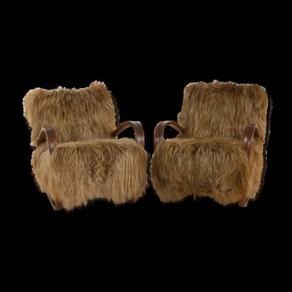 Fauteuils Halabala 269 en peau de mouton à poils longs
