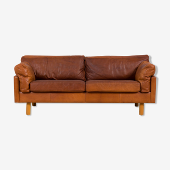 Danish two and the half seater vintage cognac leather sofa 1970