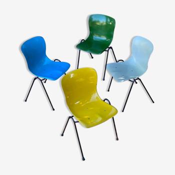 Lot de 4 chaises Pagholz années 50 empilables