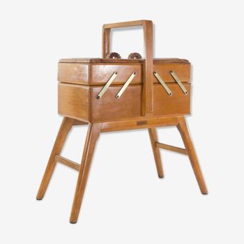 Cabinet de couture de conception italienne années 60
