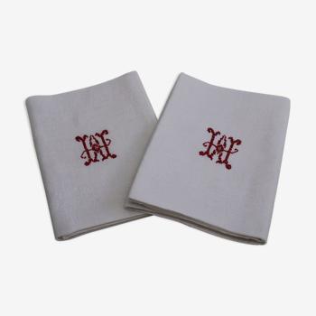 Lot de 2 anciennes serviettes