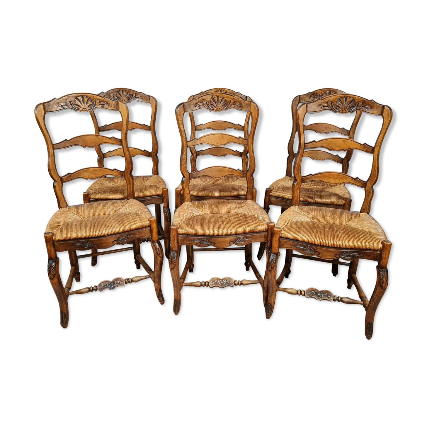 Série de 6 chaises louis xv provençale en chêne