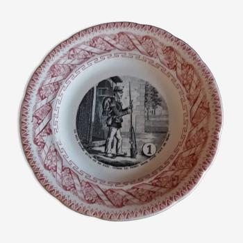 Assiette parlante à thème Gien N° 1 fin XIXème