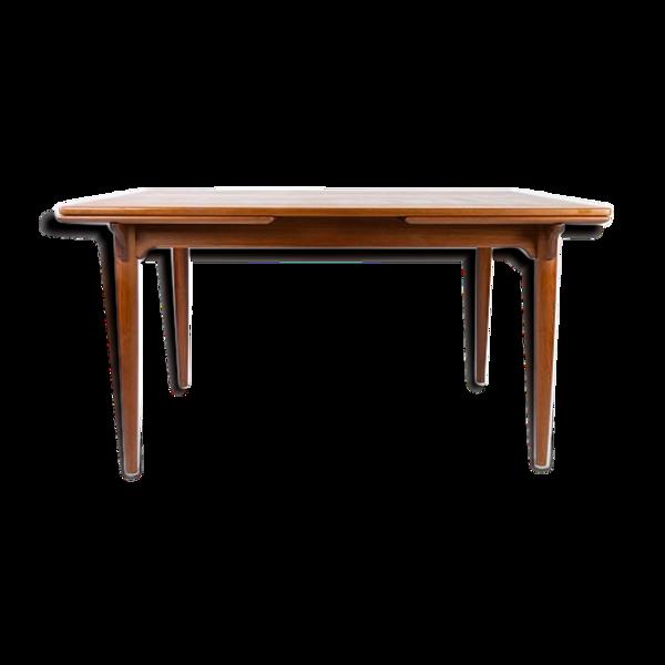 Table à manger en teck avec des extensions de design danois des années 1960.