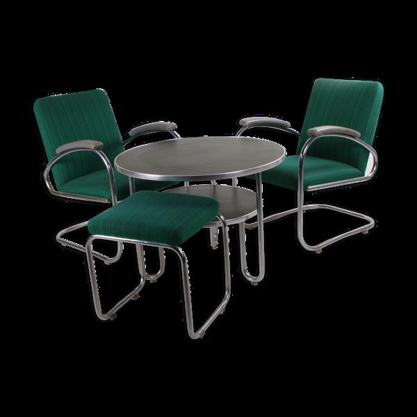 Ensemble Bauhaus 2 fauteuils bridge avec table et tabouret  fabriqué par Mauser Allemagne des années 1930 Il s'agit d'un ensemble de table av