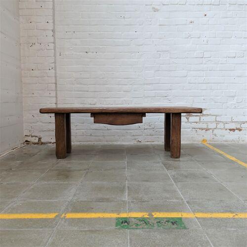 Table basse artisienne brutaliste