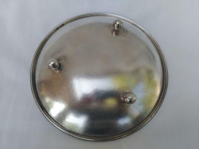 Plat en metal argenté