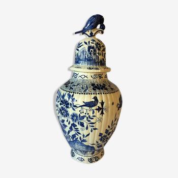 Potiche décorative ancienne en faïence de Delft