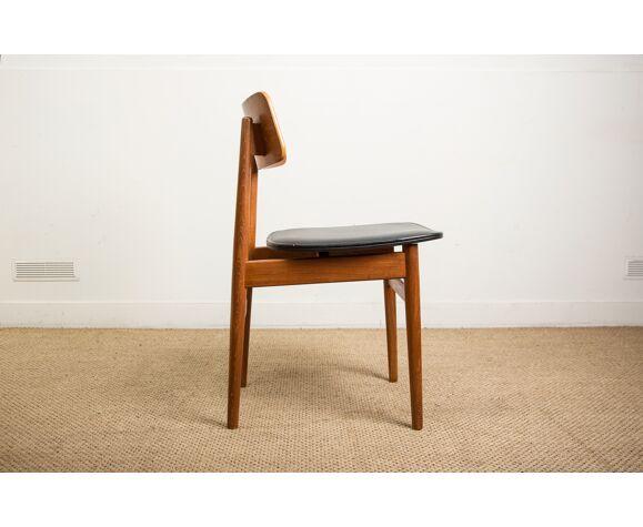 Série de 6 chaises danoises en teck et skaï noir 1960