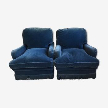 Paire de fauteuils vintage en velours bleu pétrole.