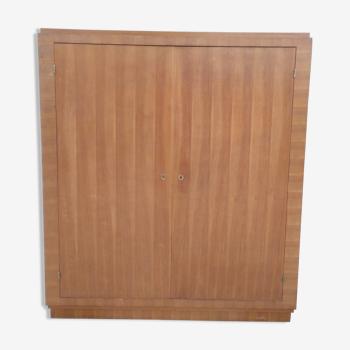 Armoire vintage en placage de noyer