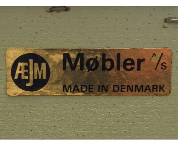 Commode années 70, design danois, réalisé par ÆJM Møbler