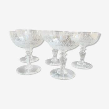 Lot de 5 coupes à champagne, art nouveau en cristal soufflé et taillé