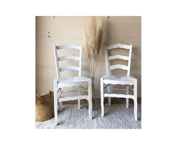 Lot de 2 chaises paysannes anciennes