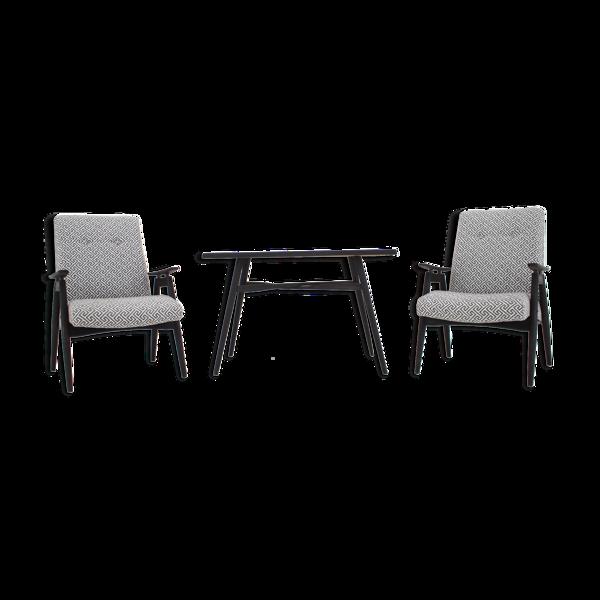 Paire de fauteuils et table basse des années 1960 Tchécoslovaquie