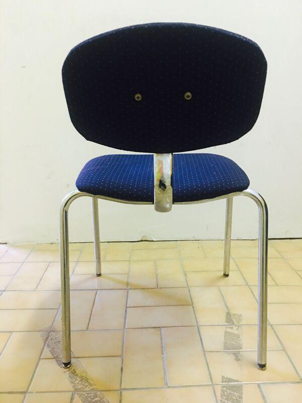 Chaise restaurée années 70